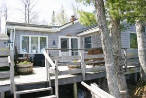 Vacation Property - Sandpiper Cottage